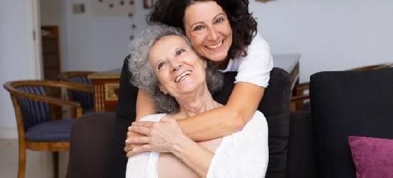 Cuidadores de pessoas: assistência para crianças, idosos, doentes e portadores de necessidades especiais