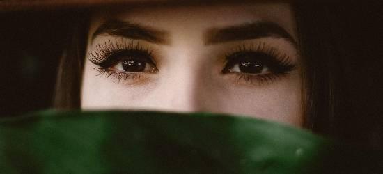 Despigmentação de sobrancelhas: uma solução para os resultados inesperados