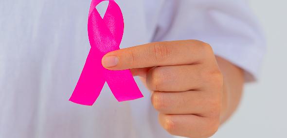 Outubro rosa, o mês de conscientização da luta contra o câncer de mama