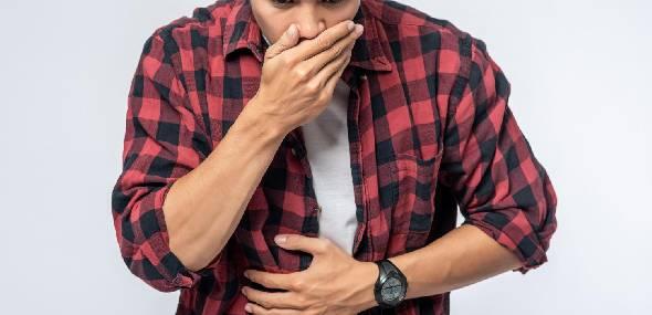 Refluxo: tipos, causas e tratamentos